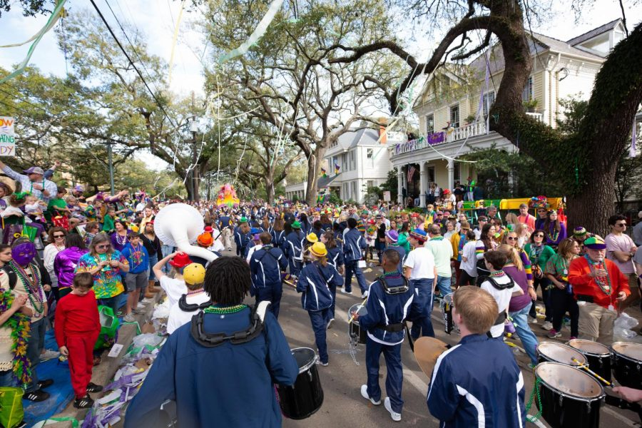 St.+Joe+marches+in+the+Krewe+of+Thoth+Mardi+Gras+parade.+