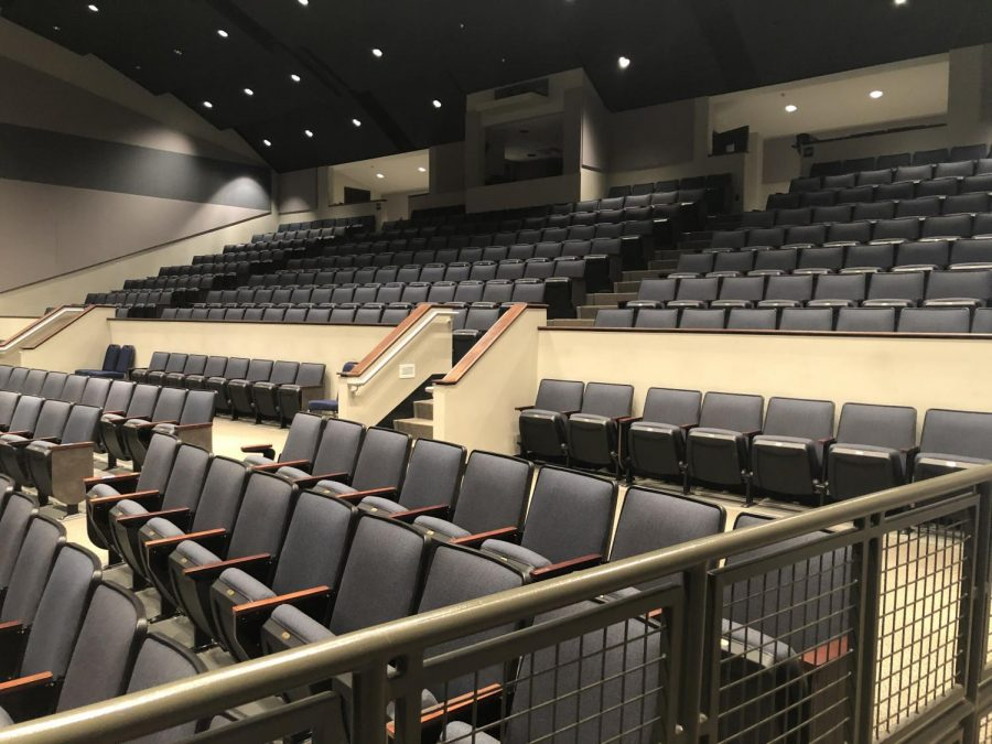 Inside+the+Fine+Arts+Building+on+campus%2C+all+St.+Joe+theater+productions+are+held+in+the+auditorium.